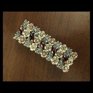 Brown and cream flower bracelet